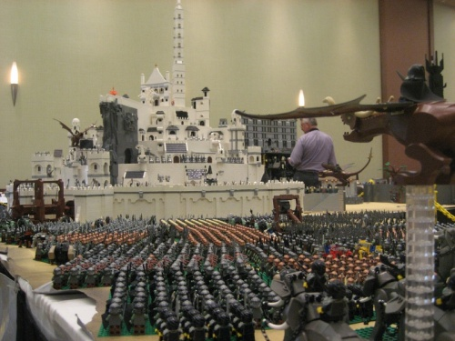 lord-of-the-rings-helms-deep_1309563176
